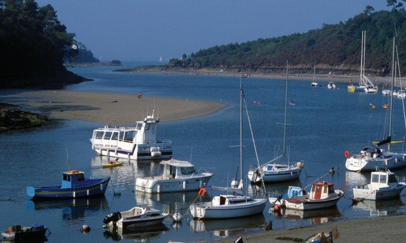 Riec sur belon guide actualit adresses avis petit fut - Restaurant l huitre y est port des barques ...