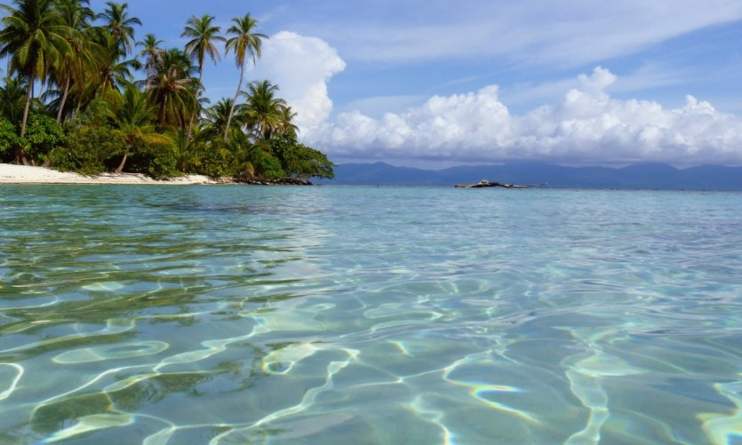 8 days in Panama