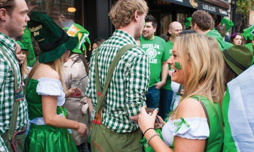 La Saint Patrick dans les rues de Dublin.