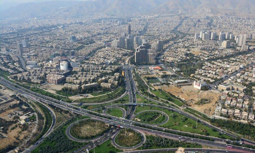 Teherán, una capital moderna de más de 8 millones de almas.