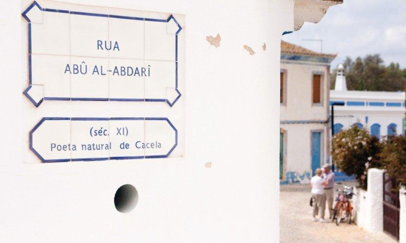 Nom de rue dans le petit village de Cacela Velha.