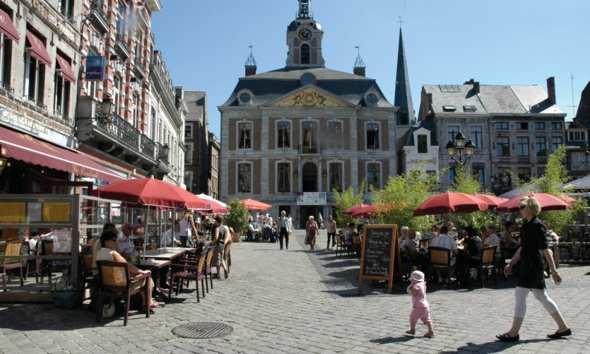 <p>Hôtel de Ville de Huy</p>