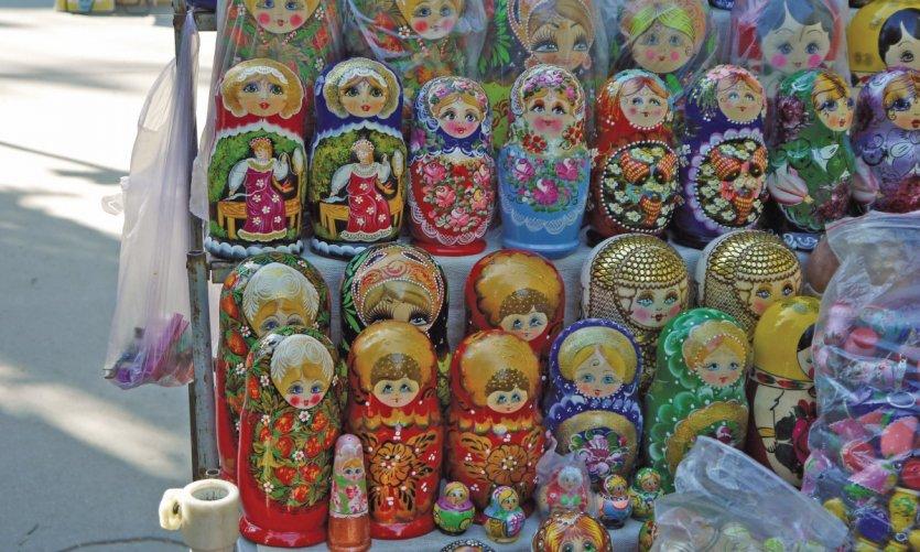 Les poupées russes du marché artisanal