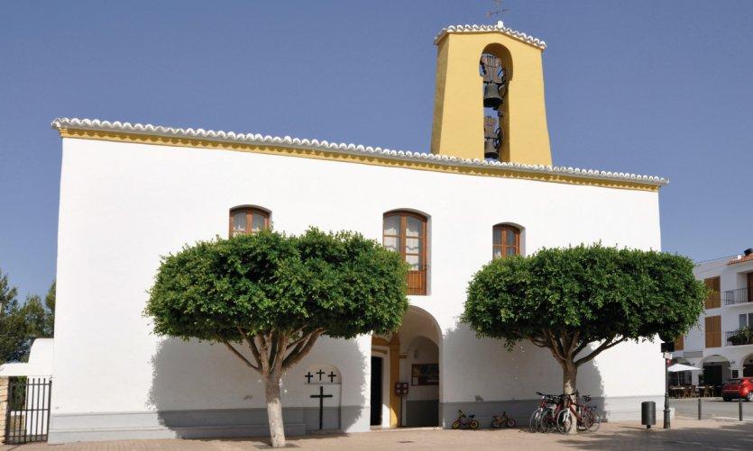 <p>Église de Santa Gertrudis.</p>