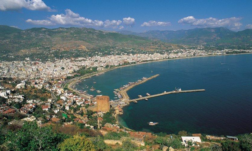 Port et baie d'Antalya.
