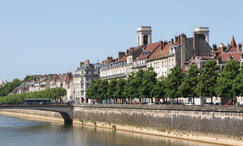 Les quais de Besançon