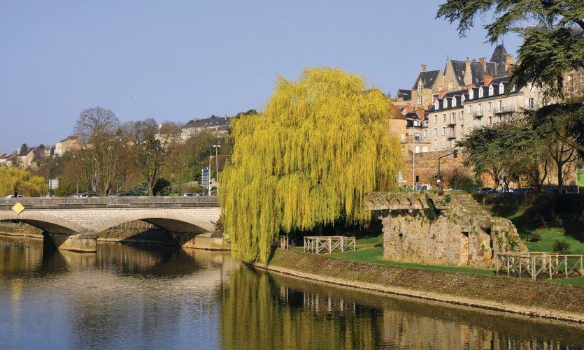 La rivière de la Sarthe, Le Mans