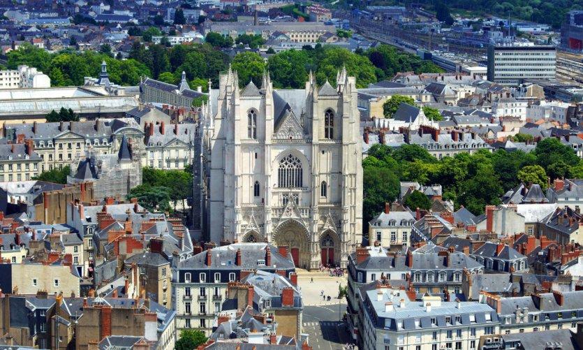 Cathédrale Saint-Pierre et Saint-Paul.