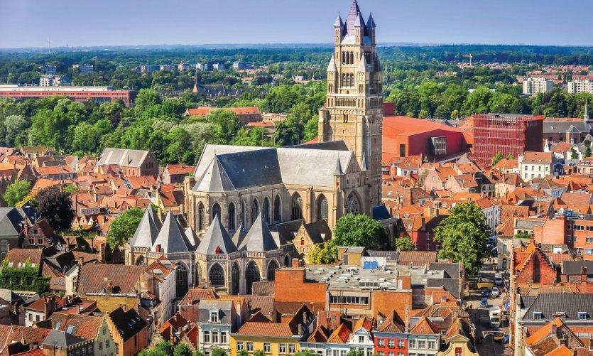 Vue sur la vieille ville de Bruges.