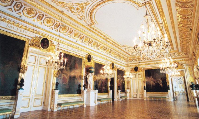 Château Royal, Zamek Krolewski.