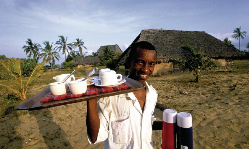 Lamu, serveur de restaurant