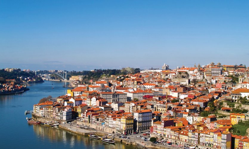 Porto guide touristique petit fut for Piscine porto portugal