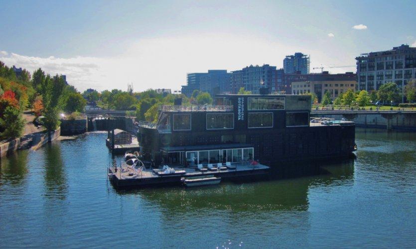 Spa dans le Vieux-Port de Montréal.