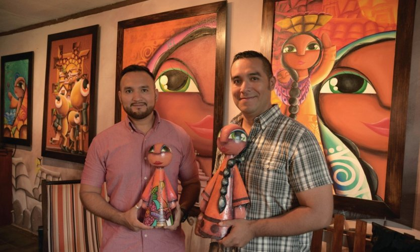 <p>Rencontrez les Frères FaBrus dans leur galerie d'art située à Ataco sur la Route des Fleurs.</p>