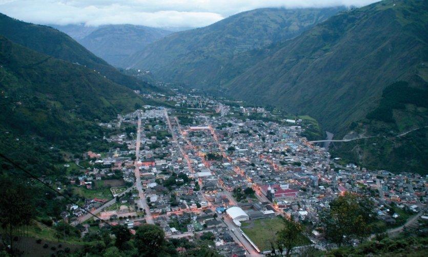 The Mirador de la Cruz de Bellavista and its sweeping view over the city.