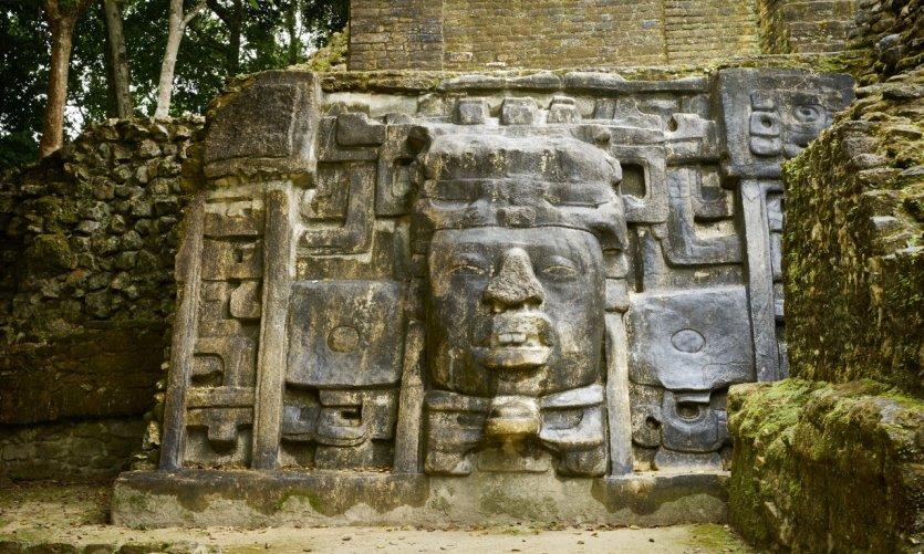 Ruines mayas de Lamanai.
