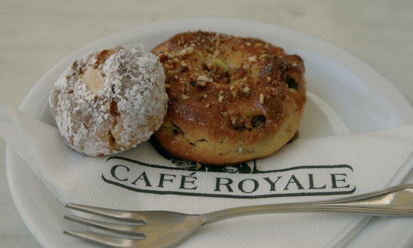 Délicieuses pâtisseries du café royal.