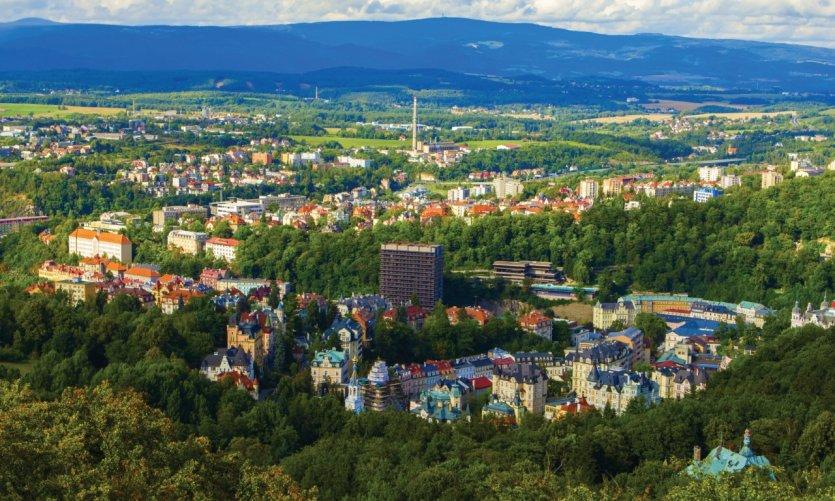 Panorama de la ville de Karlovy Vary.