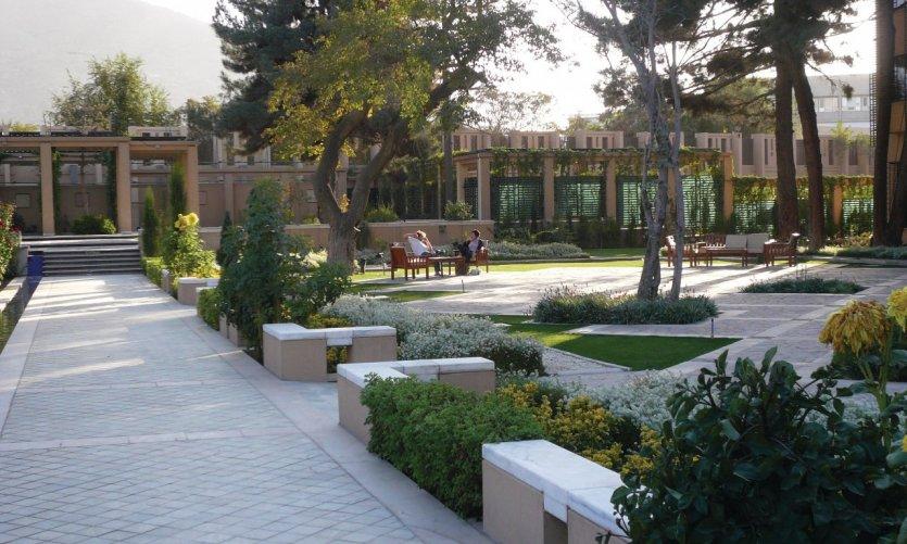 Jardins du Serena, le grand hôtel de Kaboul.
