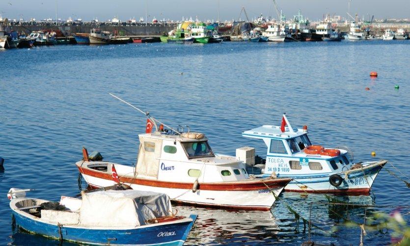 Le port de pêcheur de Kumkapi, sur la mer Marmara.