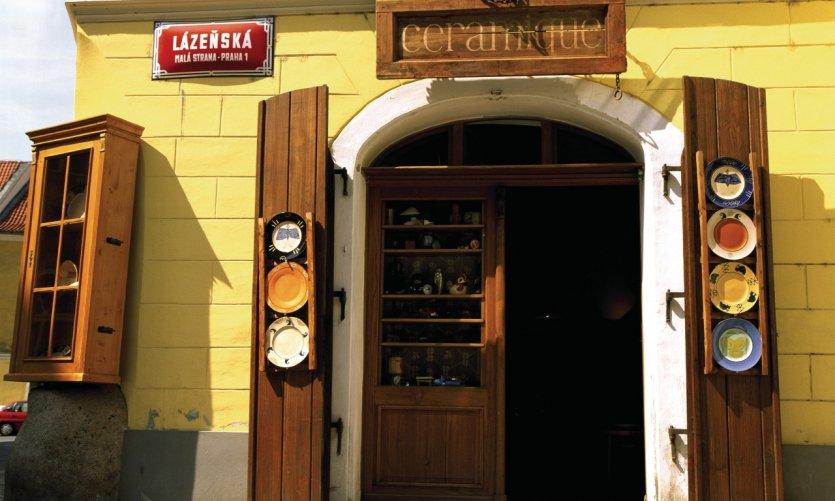 Quartier de Malá Strana, boutique de céramiques.