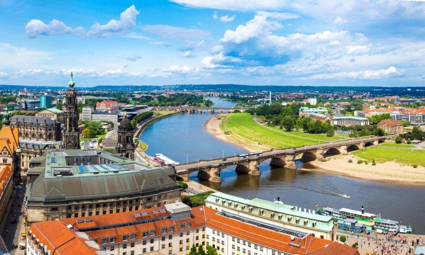 Survol de Dresde.
