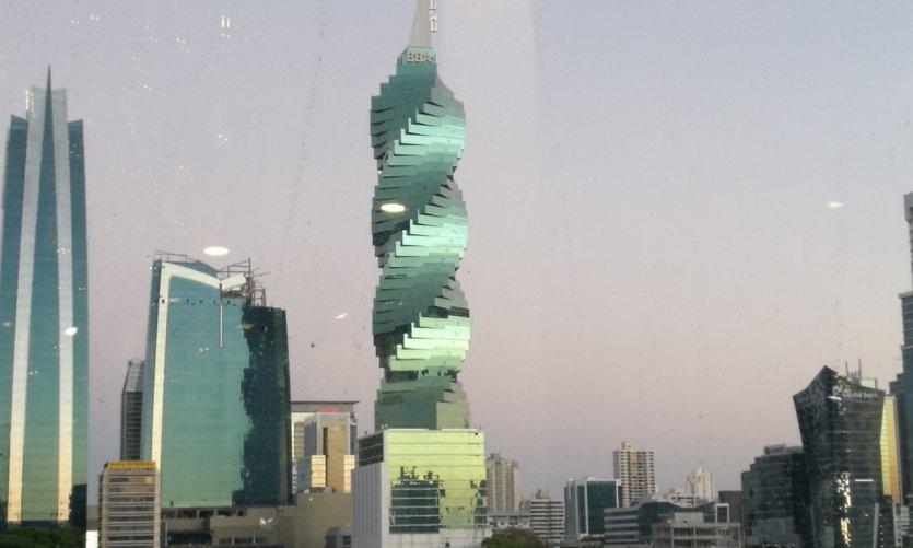Lever de soleil sur Panama City.