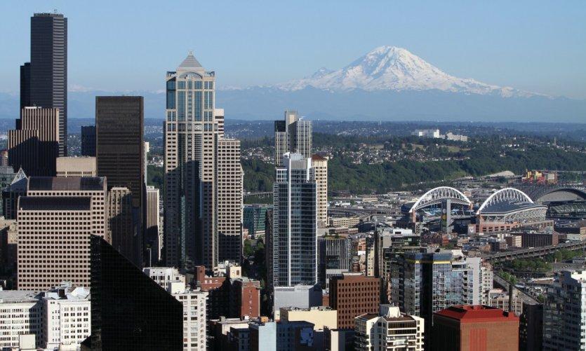<p>Vistas panorámicas a Seattle desde el Space Needle.</p>