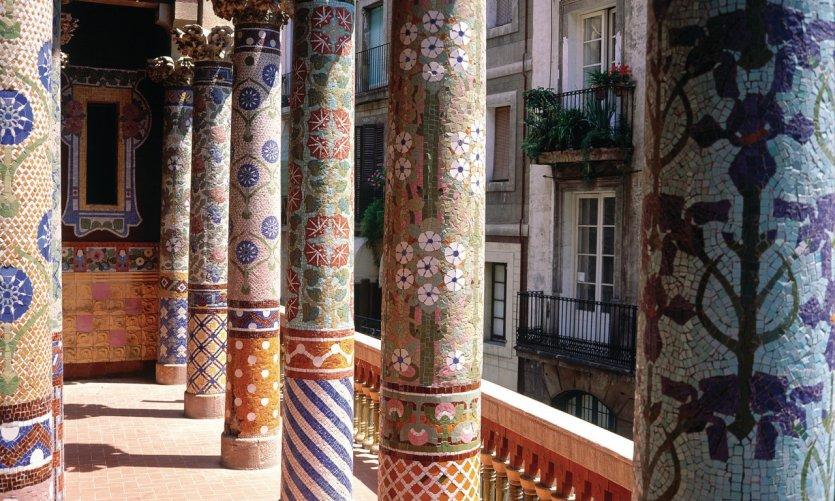 Palau de la Música Catalana, réalisé par Lluís Domènech i Montaner.