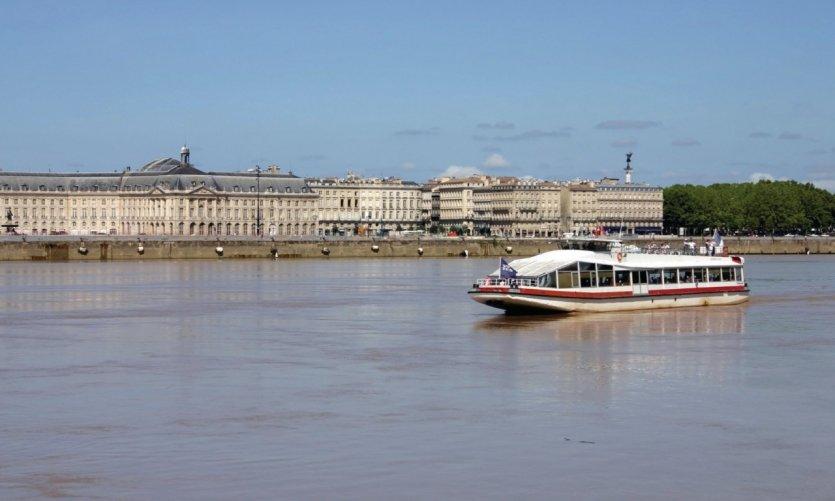 Navette fluviale à Bordeaux