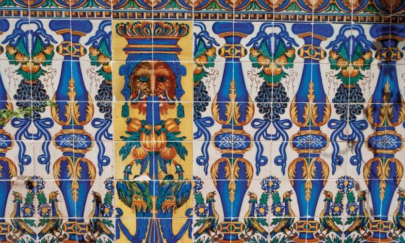 Mosaïque d'un bâtiment du quartier de l'Eixample.