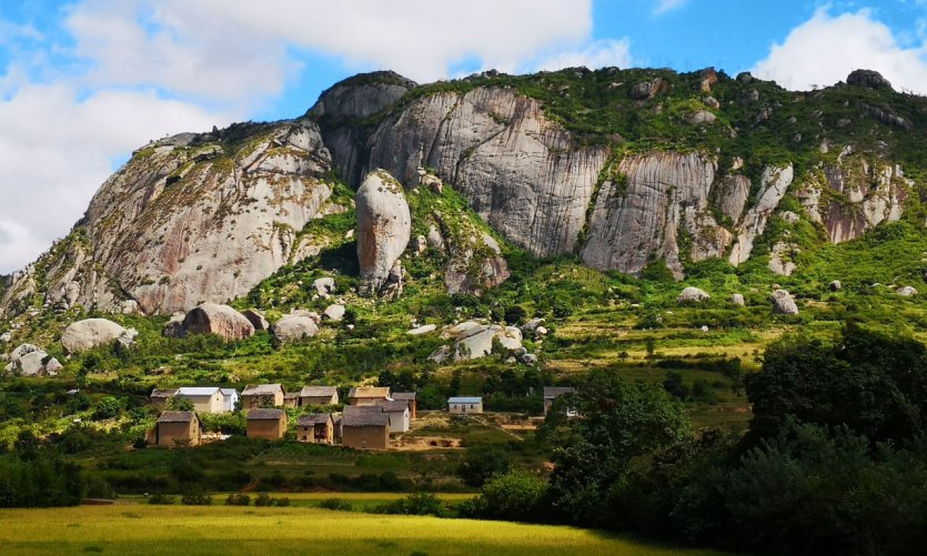 Between Fianarantsoa and Ambalavao.