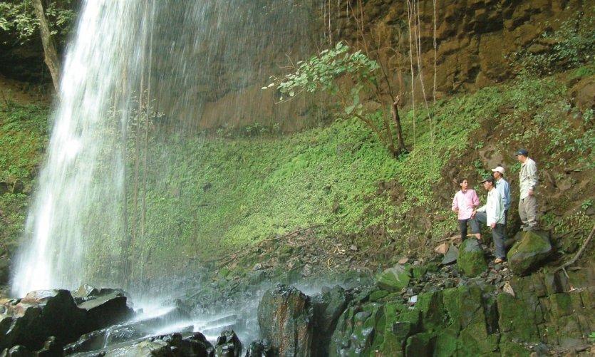 Cascade à Ban Lung.