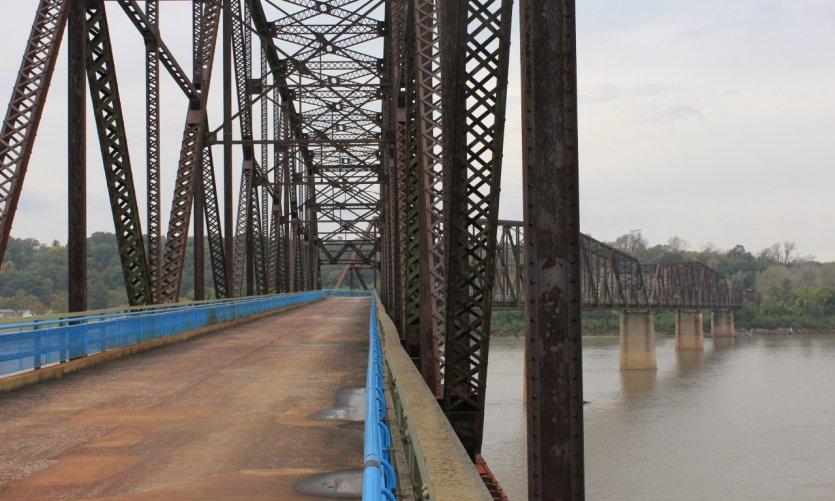 Le Old Chain of Rocks Bridge désormais réservé aux piétons et aux cyclistes.