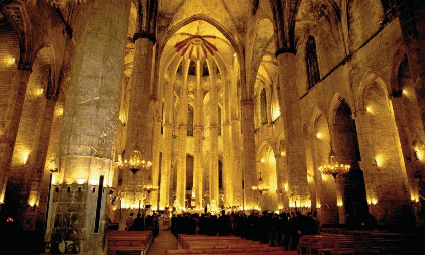 Basilique de Santa Maria del Mar (église Sainte-Marie-de-la-Mer).
