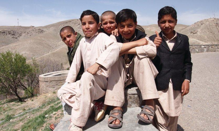 Enfants rencontrés sur la colline dominant Hérât.