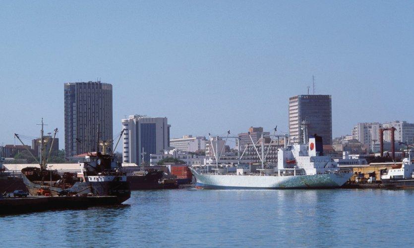 Port maritime de Dakar.
