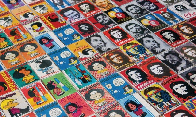 Deux icônes argentines: Mafalda et Che Guevara, placardées sur des boîtes d'allumettes.