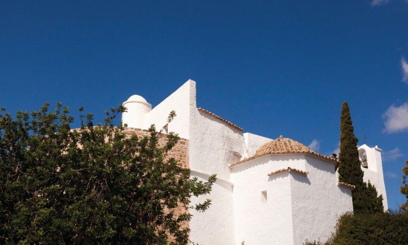 <p>Fortress church of the Puig de Missa.</p>