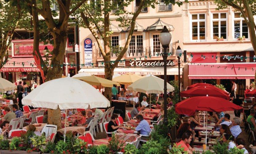 Luxembourg le guide touristique petit fut - Petit jardin restaurant luxembourg le mans ...