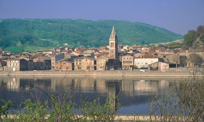 Vue du village d'Andance