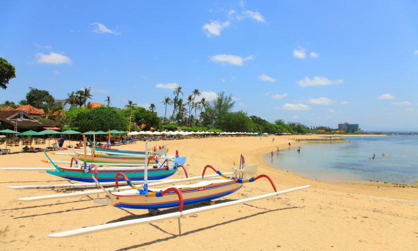 <p>Playa de Sanur.</p>