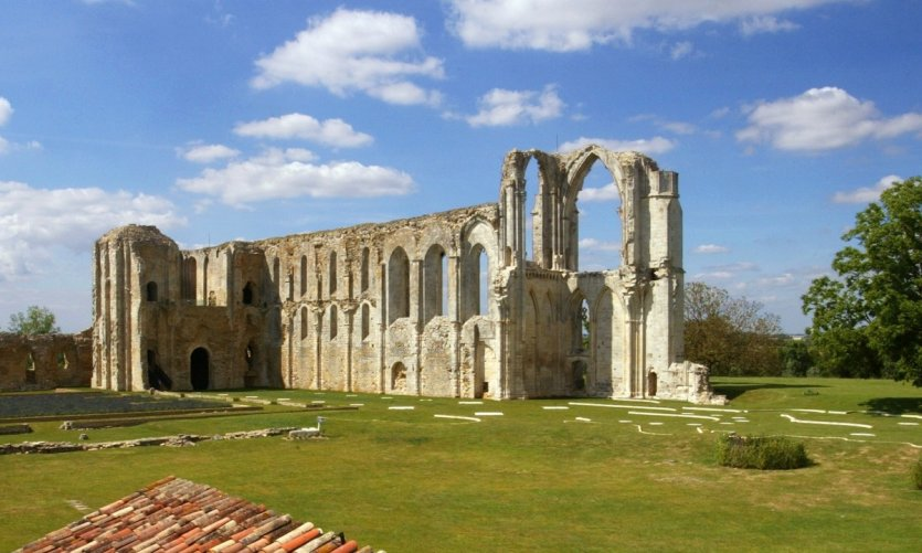 Abbaye du Marais, Maillezais
