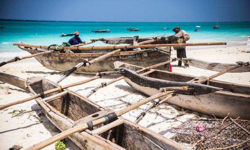 <p>Pêcheurs sur la plage de Nungwi.</p>