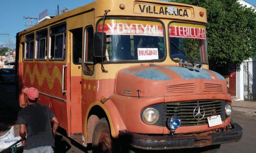 Bus reliant Paraguarí - Villarica avec quelques escales.