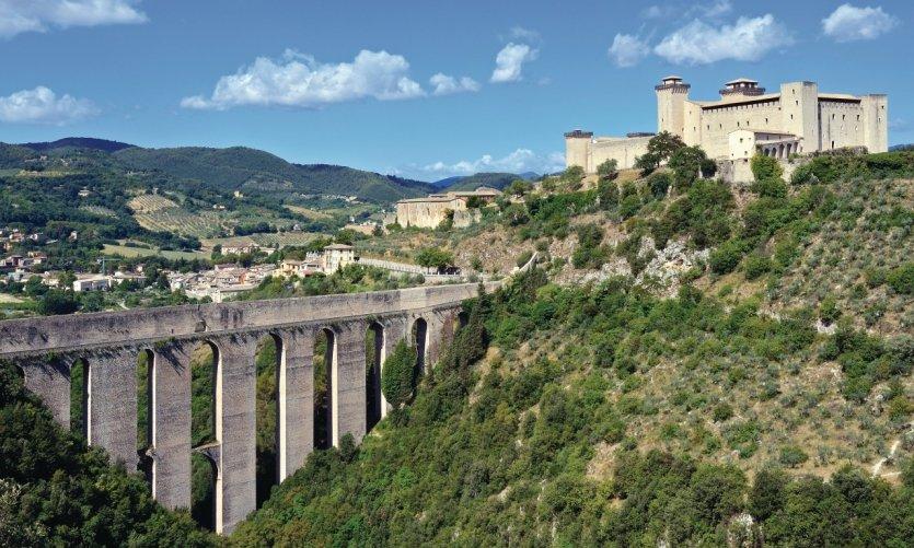 <p>Il Ponte delle Torri.</p>