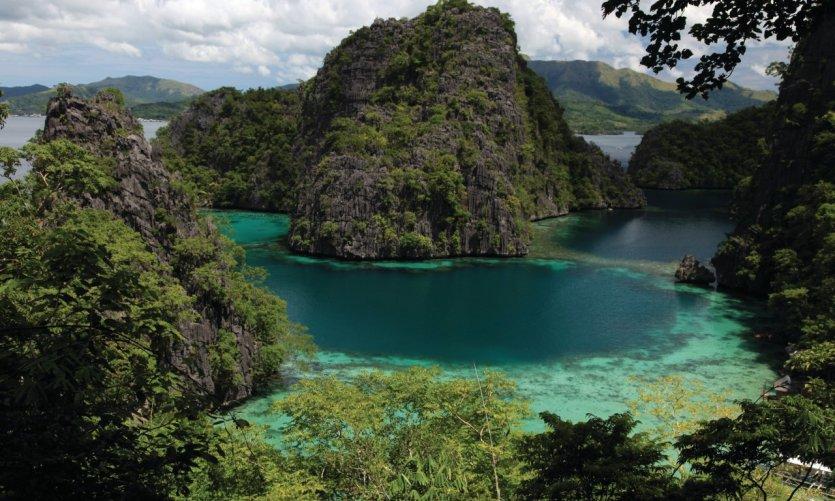 The extraordinary beauty of the island of Coron off Busuanga.