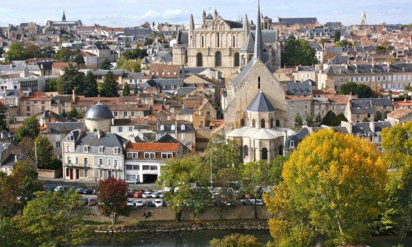 Centre ville de Poitiers - clain<br />
