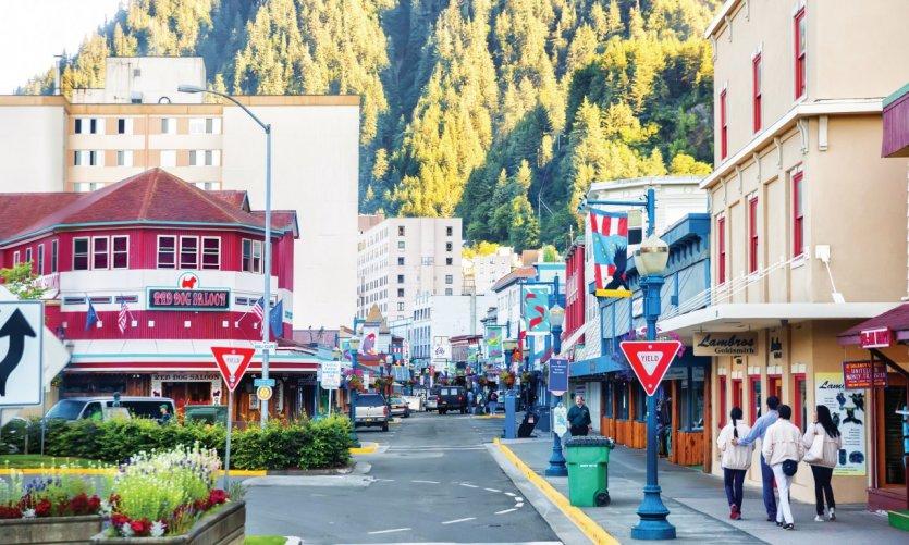 Le centre ville coloré de Juneau.