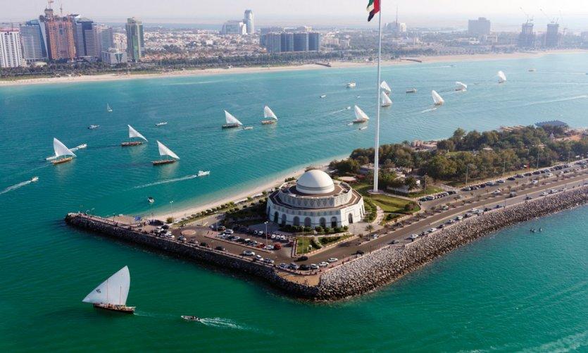 La Corniche.